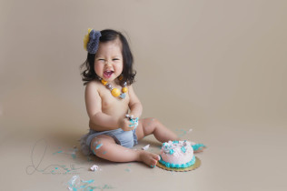 cake smash session | one year photos | auburn - maple valley baby photographer